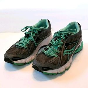 Saucony Ignition 4 Athletic Sneaker